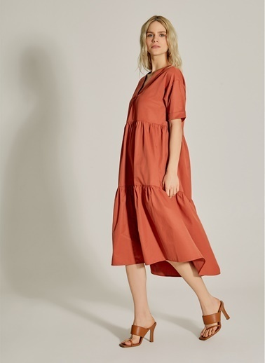 NGSTYLE V Yaka Poplin Elbise Taba